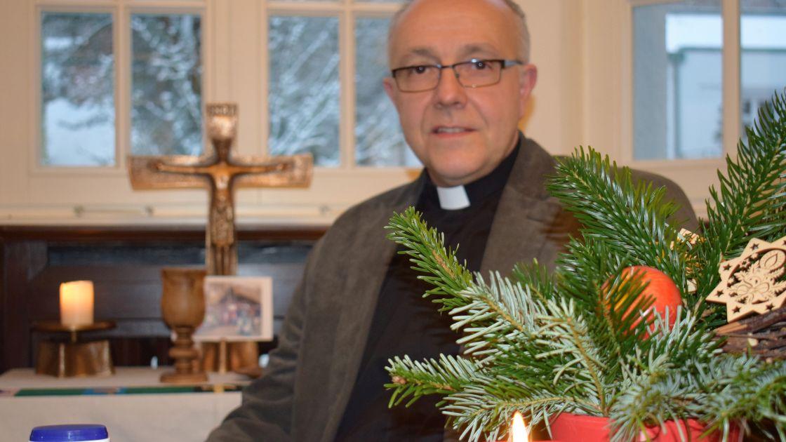Warum beschenken wir uns an Weihnachten? - ERF.de